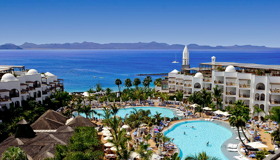 THIS APRIL WE ARE ESCAPING TO LANZAROTE
